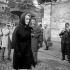 Marlene Dietrich (1901-1992), actrice et chanteuse américaine d'origine allemande, lors des obsèques d'Edith Piaf (1915-1963), chanteuse française. Paris, octobre 1963. © Roger-Viollet