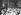 Deux mille religieuses réunies en congrès à Paris, assistant à la messe à Notre-Dame. 5 juin 1954. © Roger-Viollet