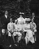 The president Théodore Roosevelt and his family. United States of America, about 1907. © Albert Harlingue / Roger-Viollet