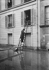 Seine floods. Occupants of a building leaving. Paris, 1910. © Maurice-Louis Branger/Roger-Viollet