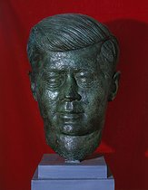 Alexander Stoller (born in 1902). John Fitzgerald Kennedy (1917-1963), 35th president of the United States. Bronze. Blérancourt (France), Franco-American museum. © Roger-Viollet