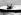 Le prince Philip (né en 1921) participant à une course de voiliers de la classe des Dragons, aux côtés de son fils, le prince Charles (né en 1948). Cowes (Ile de Wight, Angleterre). © PA Archive / Roger-Viollet