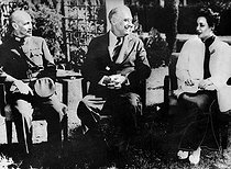 Cairo Conference, November 1943. From left to right : Franklin Roosevelt (1882-1945), US President, between Chiang Kai-Shek (1887-1975), Chinese statesman and his wife. © Roger-Viollet