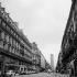 La rue de Rennes et la Tour Montparnasse. Paris (VIème arr.). © Collection Roger-Viollet/Roger-Viollet