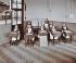 Leçon de géographie à l'Ecole Elm Lodge Residential pour jeunes filles aveugles. Londres (Angleterre), 1908. © TopFoto/Roger-Viollet