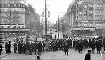 Seine flood. Paris, avenue Ledru-Rollin (XIIth arrondissement). January 1910. © Neurdein/Roger-Viollet