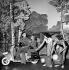 """""""La Route fleurie"""" by Francis Lopez. Staging by Max Revol. Bourvil and Annie Cordy. Paris, théâtre ABC, 1952. © Studio Lipnitzki / Roger-Viollet"""