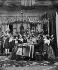 Repas. Reconstitution photographique sous le Second Empire. © Léon et Lévy/Roger-Viollet