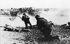 Guerre 1939-1945. Débarquement de Normandie. Soldats allemands se défendant pendant l'assaut des Alliés. Normandie, juin 1944. © Ullstein Bild/Roger-Viollet