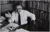 Jean-Paul Sartre (1905-1980), philosophe et écrivain français. 1959. Photographie de Jean Marquis (1926-2019). Bibliothèque historique de la Ville de Paris. © Jean Marquis / BHVP / Roger-Viollet