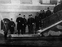The sultan Mehmed V Resad (1844-1918) visiting the special military academy of Constantinople. © Albert Harlingue/Roger-Viollet
