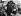 Guerre 1939-1945. Rafle de juifs dans le ghetto de Varsovie.   © Roger-Viollet