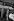Philippe Bouvard (né en 1929), journaliste, écrivain et présentateur de télévision et de radio français, et Mireille Mathieu (née en 1946), chanteuse française, à RTL. Paris, 1965. © Noa / Roger-Viollet