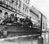 Printemps de Prague. Entrée des troupes du pacte de Varsovie en Tchécoslovaquie. Char soviétique. Prague, 21 août 1968. © Ullstein Bild / Roger-Viollet