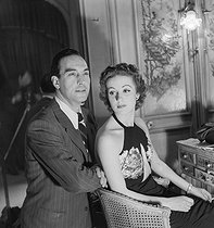Henri Decoin (1890-1869), French director, and Danielle Darrieux (1917-2017), French actress, January 1937. © Boris Lipnitzki/Roger-Viollet