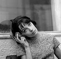 Marie Laforêt (1939-2019), French singer and actress. France, 1963. © Claude Poirier / Roger-Viollet