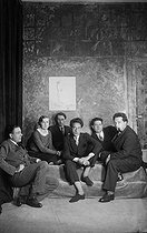 "The ""Groupe des six"" : from left to right, F. Poulenc, G. Tailleferre, L. Durey, J. Cocteau, D. Milhaud, A. Honegger and G. Auric, drawned by J. Cocteau, 1931.$$$ © Boris Lipnitzki / Roger-Viollet"