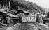 Soulèvement tibétain de 1959. Postes de contrôle indiens à la frontière tibétaine, où chaque jour des tibétains arrivent. Région de Lhassa (Tibet), avril 1959. © Ullstein Bild/Roger-Viollet