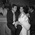 """En effeuillant la marguerite"", film de Marc Allégret. Robert Hirsch et Nadine Tallier (de Rothschild). France, 24 février 1956. © Alain Adler / Roger-Viollet"