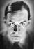 Erich Maria Remarque (1898-1970), écrivain allemand, naturalisé américain, vers 1930.  © Henri Martinie / Roger-Viollet