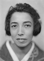 Kikou Yamata (1897-1975), Japanese journalist and woman of letters. France, around 1930. © Henri Martinie / Roger-Viollet