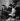 Adoratrices de Tino Rossi (1907-1983), acteur et chanteur français, regardant les photos de leur collection. France, vers 1940. © Gaston Paris / Roger-Viollet