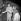 Edith Piaf (1915-1963), chanteuse française, et Jacques Pills (1906-1970), acteur et chanteur français, 1953-1954. © Roger-Viollet