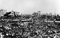 World War II. Panorama of Hiroshima after the atomic bomb. © LAPI/Roger-Viollet