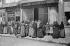 World War I. Women standing in line in front of food stores. France. © Neurdein/Roger-Viollet