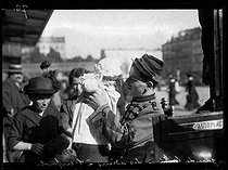 World War I. General mobilization in France. Farewell to the child, Gare de l'Est railway station. Paris (France), on August 1, 1914. © Caudrilliers/Excelsior – L'Equipe/Roger-Viollet