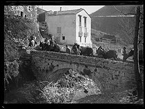 Spanish civil war (1936-1939). Spanish refugees arriving to the Forge village, passing by the Pregon pass, near Prats-de-Mollo (France), on January 28, 1939. Photograph from the Excelsior newspaper. © Excelsior - L'Equipe / Roger-Viollet