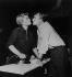 """""""La Paix du dimanche"""" (Look Back in Anger), play after John Osborne. Brigitte Auber and Pierre Vaneck. Paris, Théâtre des Mathurins, 1958.   © Studio Lipnitzki / Roger-Viollet"""