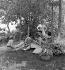 Association Camping et Culture. Nemours (Seine-et-Marne), 1936-1938. Photographie de Marcel Cerf (1911-2010). Bibliothèque historique de la Ville de Paris. © Marcel Cerf / BHVP / Roger-Viollet