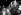 Foule en liesse devant l'ambassade d'Afrique du Sud suite à l'annonce de la libération de Nelson Mandela (1918-2013). Londres (Angleterre), Trafalgar Square. 1991. © PA Archive / Roger-Viollet