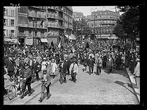 World War One. Eighth day of mobilization in Paris, 9th August 1914. Belgian volunteers leaving for Brussels (Belgium) at the railway station Gare du Nord. Paris (France), 9th August 1914.  © Piston/Excelsior – L'Equipe/Roger-Viollet