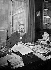 Tristan Bernard (1866-1947), French writer, in his study. © Albert Harlingue / Roger-Viollet