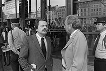Régis Debray (born in 1940), French writer and politician, with Jean Daniel (1920-2020), French journalist and writer. Paris, circa 1982. © Jacques Cuinières / Roger-Viollet