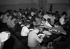Réfectoire (colonie de vacances urbaines). 1944. © LAPI / Roger-Viollet