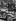 Anschluss. Manifestations de joie de la population lors de l'entrée des troupes de la Wehrmacht à Salzbourg (Autriche), 12 mars 1938. © Ullstein Bild / Roger-Viollet