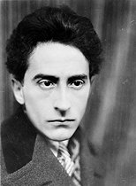 Jean Cocteau (1889-1963), French writer and director, 1926. © Henri Martinie / Roger-Viollet