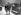 Cecil Beaton (1904-1980), photographe, illustrateur, décorateur et dessinateur britannique, et Melle Nancy. Londres (Angleterre), Académie royale, 4 mai 1928. © TopFoto / Roger-Viollet