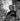 Edith Piaf (1915-1963), chanteuse française, et son mari Jacques Pills (1906-1970), chanteur et acteur français, 1953-1954. © Boris Lipnitzki / Roger-Viollet