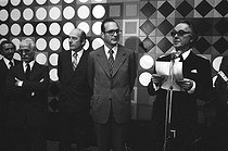 Victor Vasarely (1908-1997), Hungarian-born French painter, and Jacques Chirac (born in 1932), French Prime Minister. France, 1975. © Jack Nisberg/Roger-Viollet