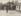 Charmeur d'oiseaux aux Tuileries. Paris (Ier arr.), vers 1900. Photographie de Louis Vert (1865-1924). Paris, musée Carnavalet. © Louis Vert/Musée Carnavalet/Roger-Viollet