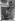 Jane Hammer testant le plus gros appareil photo Kodak du monde. Washington D.C. (Etats-Unis), 8 novembre 1932. © Imagno / Roger-Viollet