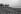 Barques le long d'un cours d'eau, en Chine. © Jacques Cuinières / Roger-Viollet