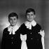 Enfants de Pierre Doris (1919-2009), comédien et humoriste français. Paris, juin 1954. © Boris Lipnitzki / Roger-Viollet