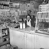 Grocery. France, 1956. © LAPI/Roger-Viollet