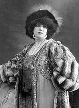 Sarah Bernhardt (1844-1923), French stage actress.  © Roger-Viollet