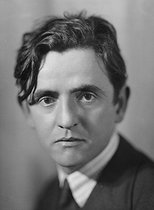 Louis Guilloux (1899-1980), French writer, about 1930. © Henri Martinie / Roger-Viollet